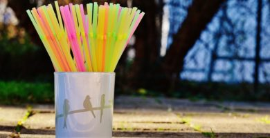 canudos plásticos cores