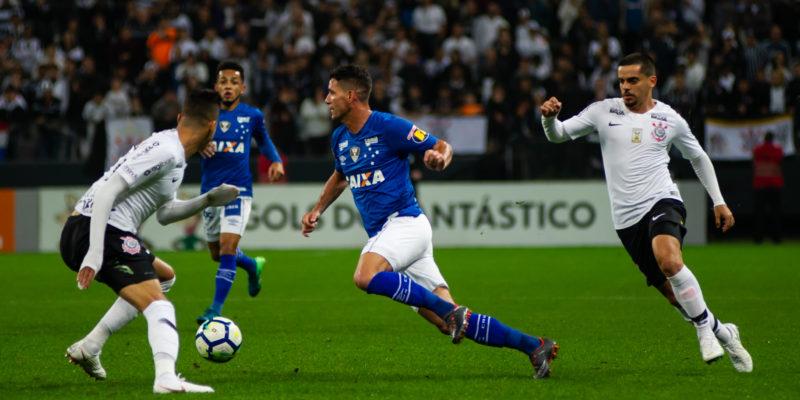 Cruzeiro x Corinthians: prováveis times, desfalques e onde ver