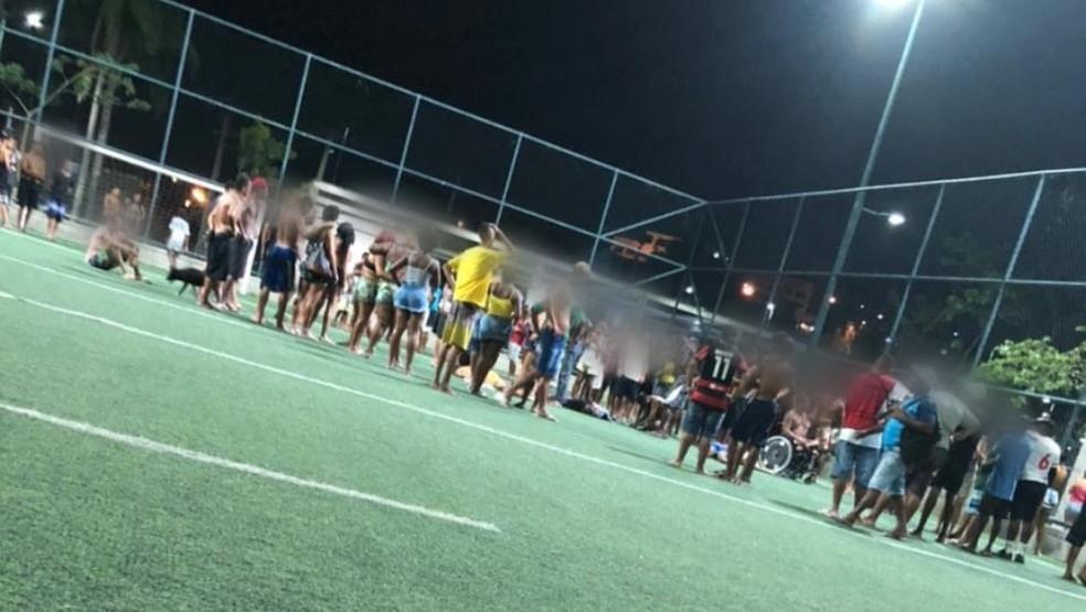 Campo do Parque Madureira onde homens foram baleados Foto ReproduoRedes Sociais